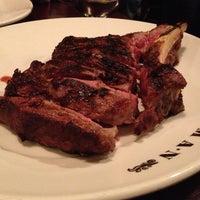 10/12/2012 tarihinde Shoey H.ziyaretçi tarafından Goodman Steakhouse'de çekilen fotoğraf