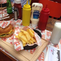 Photo taken at City Burger by Noyan E. on 7/31/2013