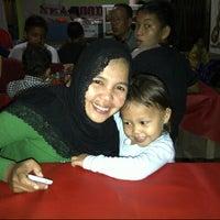 Photo taken at Nasi Uduk Lamongan by Zuhdi AB on 5/8/2013