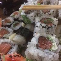 Foto tirada no(a) Rafa Sushi por Lucas S. em 1/25/2017