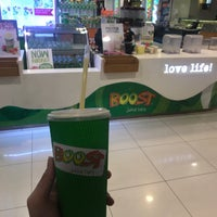 Photo taken at Boost Juice Bar by Zi C. on 9/27/2017
