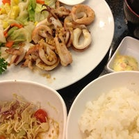 Photo taken at Mr.Sushi - NU Plaza by Vichu_Puu on 2/1/2013