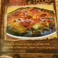 Foto scattata a Pizzeria Saloon da asiL il 11/5/2016