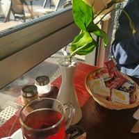 2/28/2016 tarihinde Bilge ş.ziyaretçi tarafından Café Tapas Bar'de çekilen fotoğraf