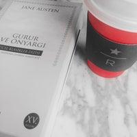 11/29/2015 tarihinde niyalziyaretçi tarafından Starbucks Reserve'de çekilen fotoğraf