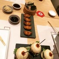 Foto tomada en KO Asian Kitchen por Gigi R. el 8/4/2017