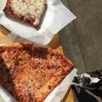 รูปภาพถ่ายที่ Hard Times Pizza Co. โดย Randy P. เมื่อ 2/16/2015