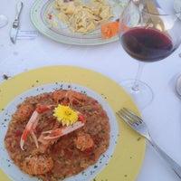 Photo taken at La Bruschetta by Nikolas R. on 8/10/2014