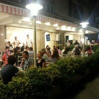7/29/2013 tarihinde Bornova E.ziyaretçi tarafından Bornova Elit Restaurant'de çekilen fotoğraf