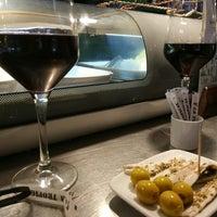 Photo prise au Restaurante La Tropical par Silvia M. le8/29/2017