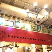 รูปภาพถ่ายที่ Backpackers cafe, Elante โดย Kb R. เมื่อ 4/13/2018