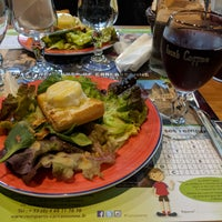Photo taken at La Taverne du Chateau by Ezequiel C. on 1/7/2018