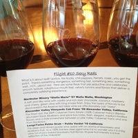 Foto tomada en CRÚ - A Wine Bar por Candace K. el 10/7/2012