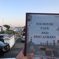 Foto tirada no(a) Ice House Cafe por Bennie F. em 8/9/2017