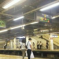Photo taken at JR武蔵小杉駅 1番線ホーム by ディズ兄 on 8/27/2013