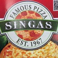 Photo taken at Singas Famous Pizza by JI Flow L. on 9/6/2014