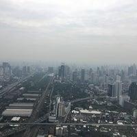 Photo taken at Bangkok Balcony by Ali osman A. on 11/1/2017