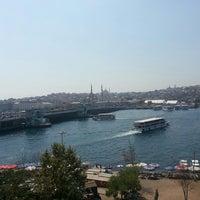 Снимок сделан в Ali Ocakbaşı пользователем cosmicgirl S. 8/28/2013