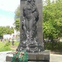 Photo taken at Памятник омичам— жертвам катастрофы под Уфой by Lynx on 7/29/2013