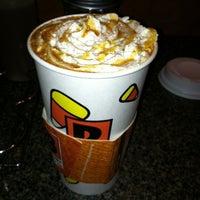 รูปภาพถ่ายที่ Biggby Coffee โดย Lindsay A. เมื่อ 9/21/2012