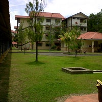 Photo taken at Kolej Redang 4 by Eydaiah E. on 9/15/2013