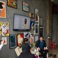 5/30/2014 tarihinde Ann E.ziyaretçi tarafından Studio 212'de çekilen fotoğraf