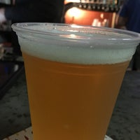 Photo taken at House of Hops by Jason Y. on 11/10/2017