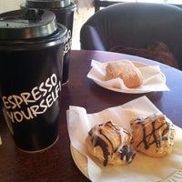 12/30/2013 tarihinde Susanna Seyoung H.ziyaretçi tarafından Argentina Bakery'de çekilen fotoğraf