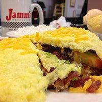 Foto tirada no(a) Jamm's Restaurant por Ben G. em 8/26/2014