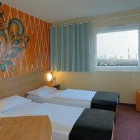 Das Foto wurde bei B&B Hotel Frankfurt-Nord von B&B HOTELS am 1/3/2014 aufgenommen