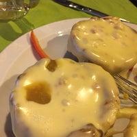 Foto tomada en Restaurante century Bar And Grill (santiago) por Rodrigo F. el 3/8/2017