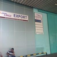 Photo taken at Gudang JAS Ekspor Cargo Area Bandara Soekarno Hatta by Khaeruddin N. on 9/5/2013