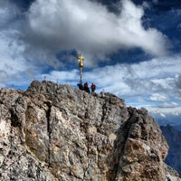 Photo taken at Zugspitze (2962m) by Yasuhiro K. on 9/26/2012