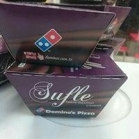 2/7/2016 tarihinde Hacıziyaretçi tarafından Domino's Pizza'de çekilen fotoğraf
