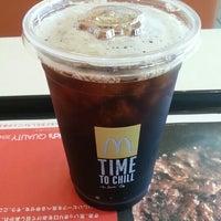 Photo taken at McDonald's by quarnz(カーンズ) on 10/3/2014