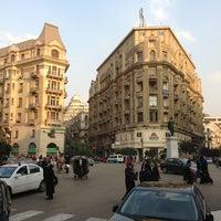 Foto tomada en Talaat Harb Sq. por Benoît T. el 12/31/2012