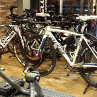 Photo taken at Primo Cycles, Fort Bonifacio by Charles C. on 11/6/2013