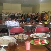 Photo taken at Ayam Goreng Pak Parman ( asli ayam kampung ) by Joseph C. on 4/17/2018