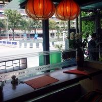 Photo taken at Coffee Holic by Krit K. on 10/15/2013