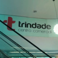 รูปภาพถ่ายที่ Centro Comercial Trindade Domus โดย Keyna S. เมื่อ 3/24/2014