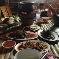 Photo taken at ร้านอาหาร ลาบเป็ดบ้านไผ่ อ่อนนุช 46 by PRCZ S. on 1/30/2013