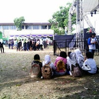 Photo taken at SMA Negeri 2 Kediri by Etiz J. on 11/1/2013