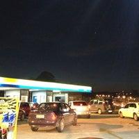 Foto tirada no(a) Posto Carrefour por Robson C. em 10/22/2012