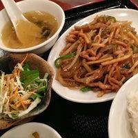 Photo taken at 九龍餃子房 新宿別館 by Kenji Y. on 10/2/2012