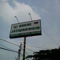 Photo taken at Bakmi Japos Jatiwaringin by Hamzah Z. on 8/11/2013