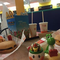Photo taken at McDonald's by M T. on 11/5/2016