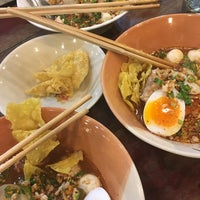 Photo taken at Rue Thong Boat Noodle by whitemint K. on 3/28/2017