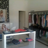 Photo taken at charme boutique by Tiaguinho B. on 9/9/2013
