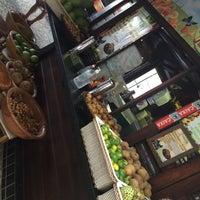 Foto tirada no(a) Kioske Frutas Da Fruta Mercadao por Diego R. em 1/21/2015