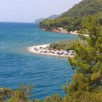 8/22/2013 tarihinde Cimbarziyaretçi tarafından Çınar Plajı'de çekilen fotoğraf
